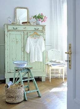 pokój w kolorze mięty